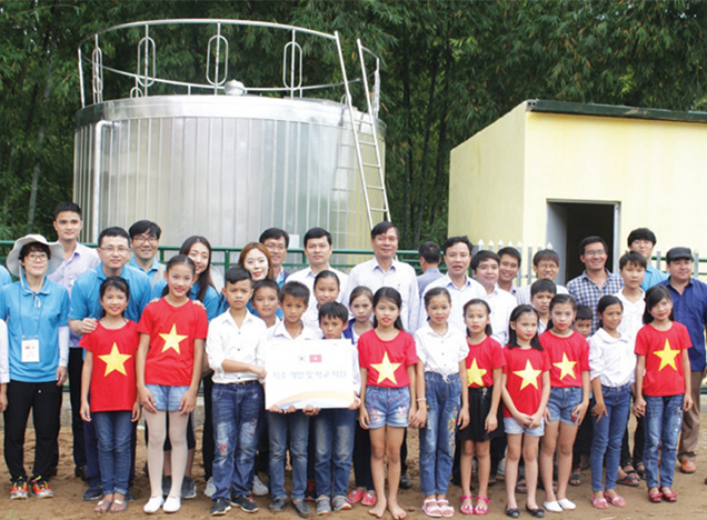 Establishing water supply facilities tailored to a remote Vietnamese village experiencing a shortage of water